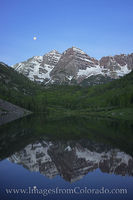 Maroon Bells Morning Moonset 1
