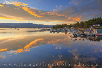 sunrise, lake granby, highway 34, rocky mountains, boats, reflection