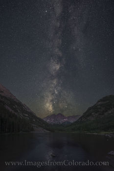 Maroon Bells under the Milky Way 620-1