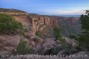Monument Canyon at Sunrise 627-1