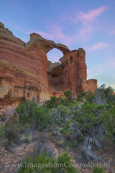 rattlesnake arch, arches, centennial arch, arches loop, colorado national monument, grand junction, mcinnis canyons, western colorado, colorado plateau, morning, sunrise, hiking, exploring