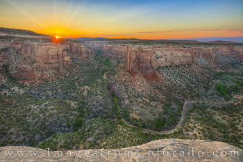 Ute Canyon, Colorado National Monument, sunset, rim rock road, grand junction, colorado national parks, canyon, valley, evening, sunrays, summer