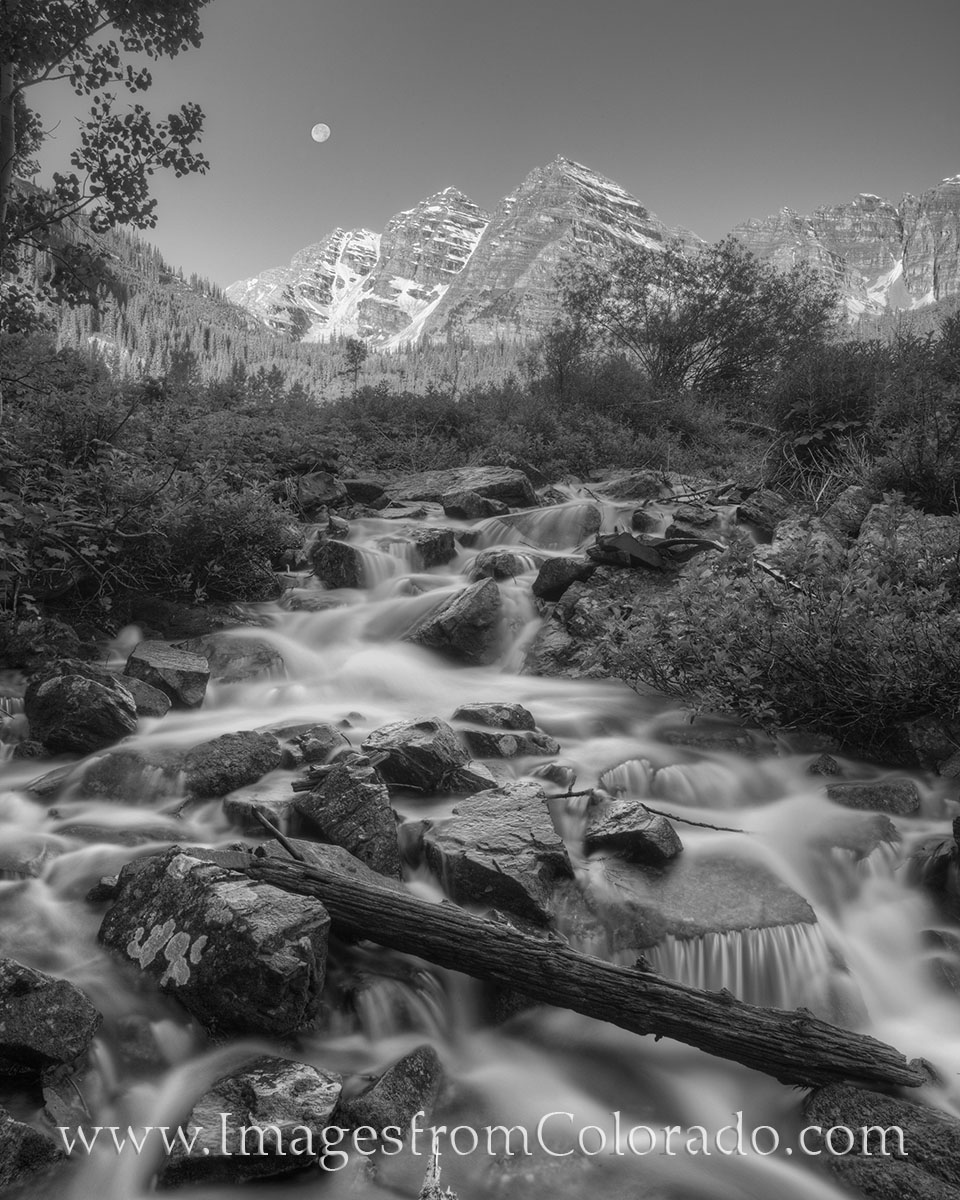 maroon bells, moonrise, maroon bells wilderness, aspen, maroon lake, full moon, colorado waterfall, cascade, 14ers, photo