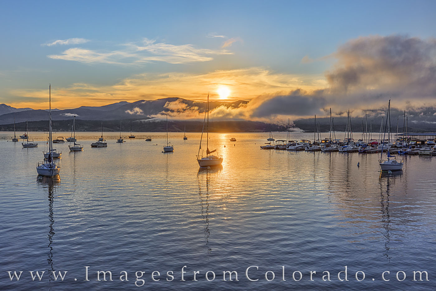 grand lake, lake granby, highway 34, rocky mountains, sunrise, summer, morning, boats, harbor, peace, photo