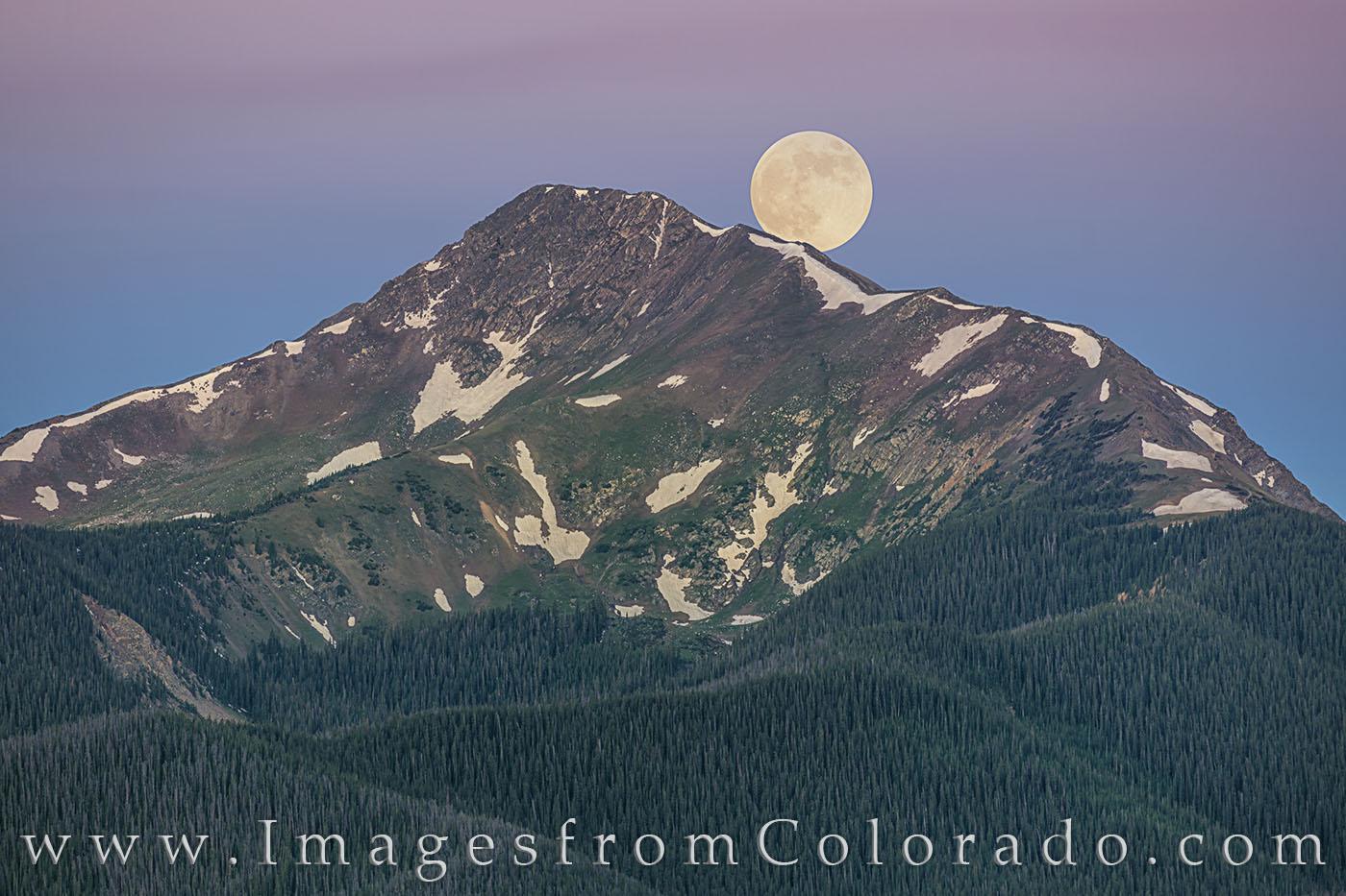 byers peak, full moon, fraser, grand county, full moon, moonset, morning, cold, winter park, photo