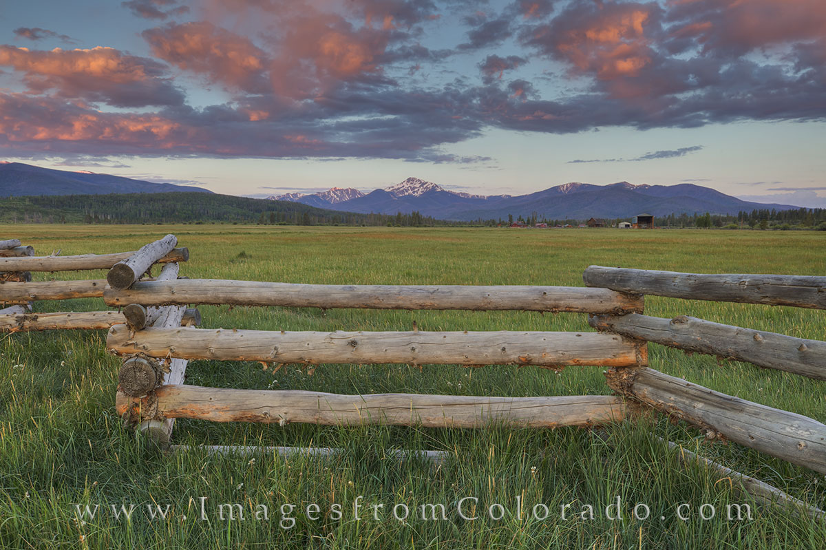 byers peak, byers peak photos, wooden fence, fraser, fraser valley, winter park, fraser images, colorado sunrise, colorado peaks, colorado landscape images, colorado landscapes, photo