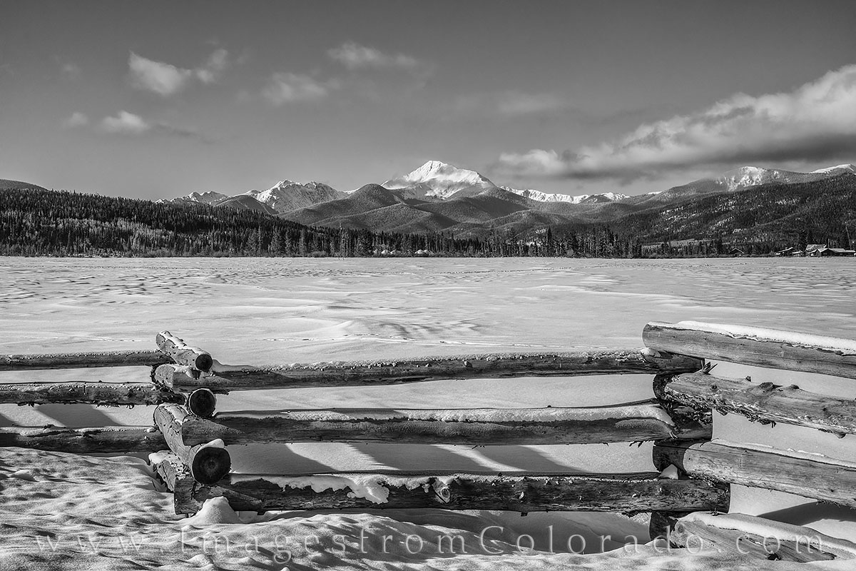 byers peak, fraser valley, fraser, winter park, wooden fence, snow, winter, cold, black and white, grand county, photo