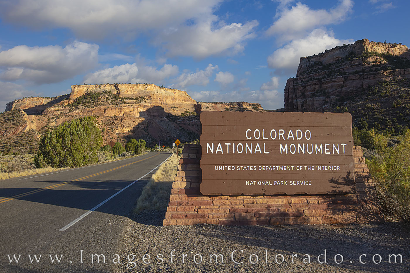 colorado national monument, entrance, grand junction, photo