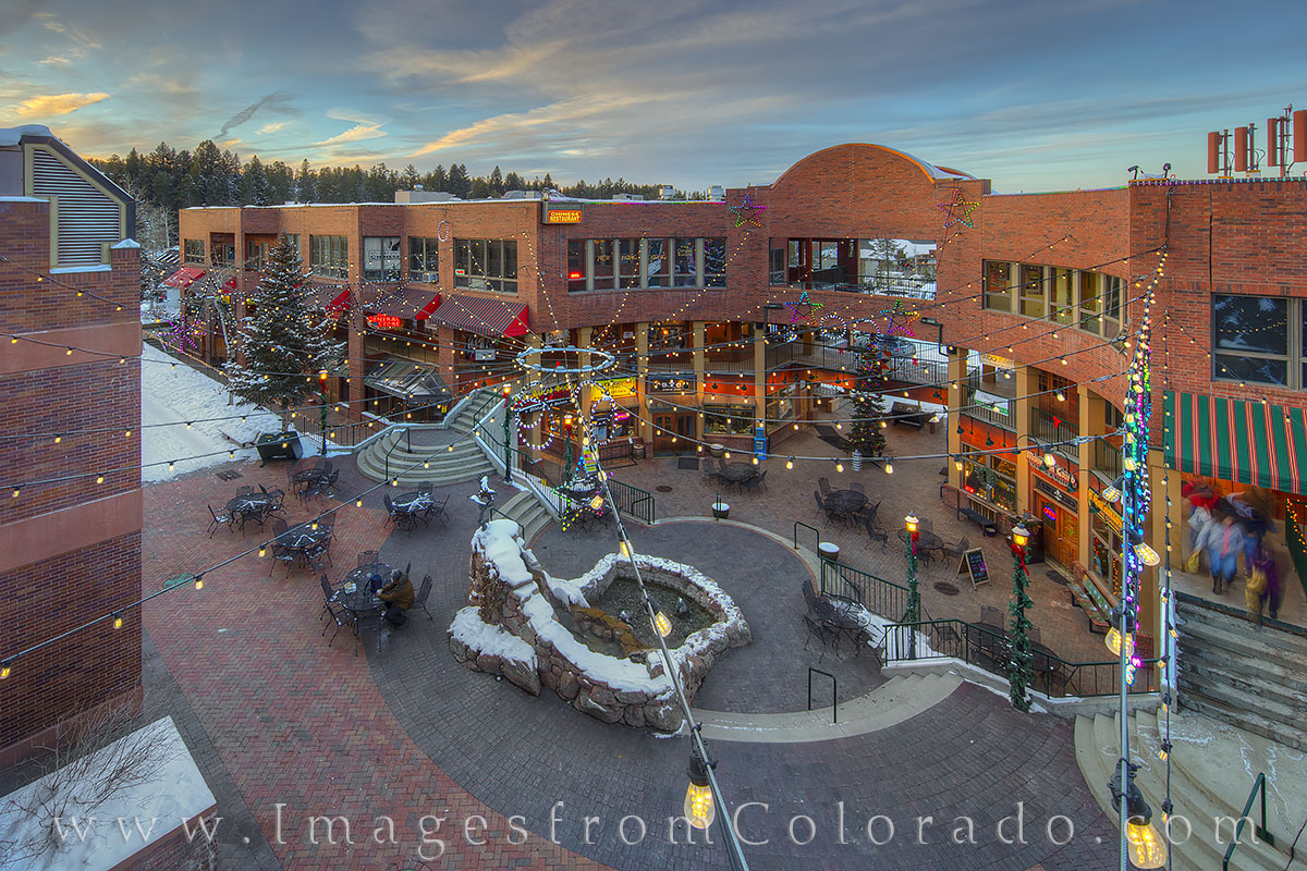winter park, cooper creek, grand county, winter, snow, shops, restaurants, shopping, tourism, evening, photo