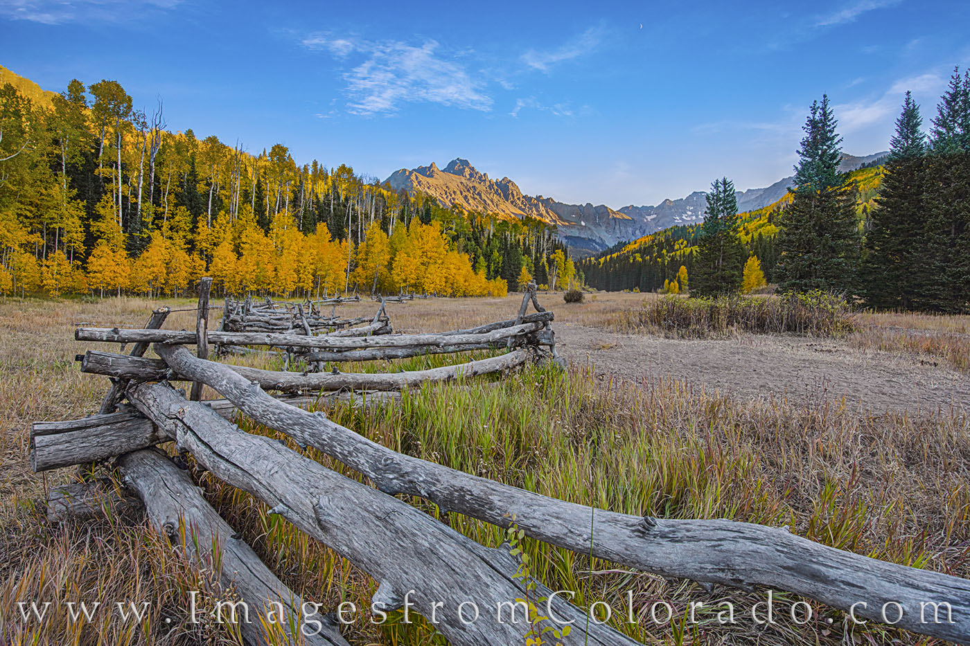 Cr 7, Sneffels, Dallas Divide, fall, autumn, fence, wooden fence, photo