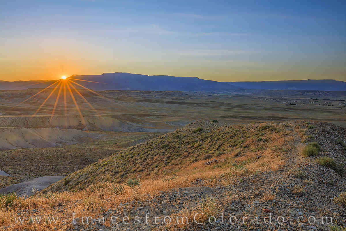 grand mesa, sunrise, first light, western slope, palisade, grand junction, photo