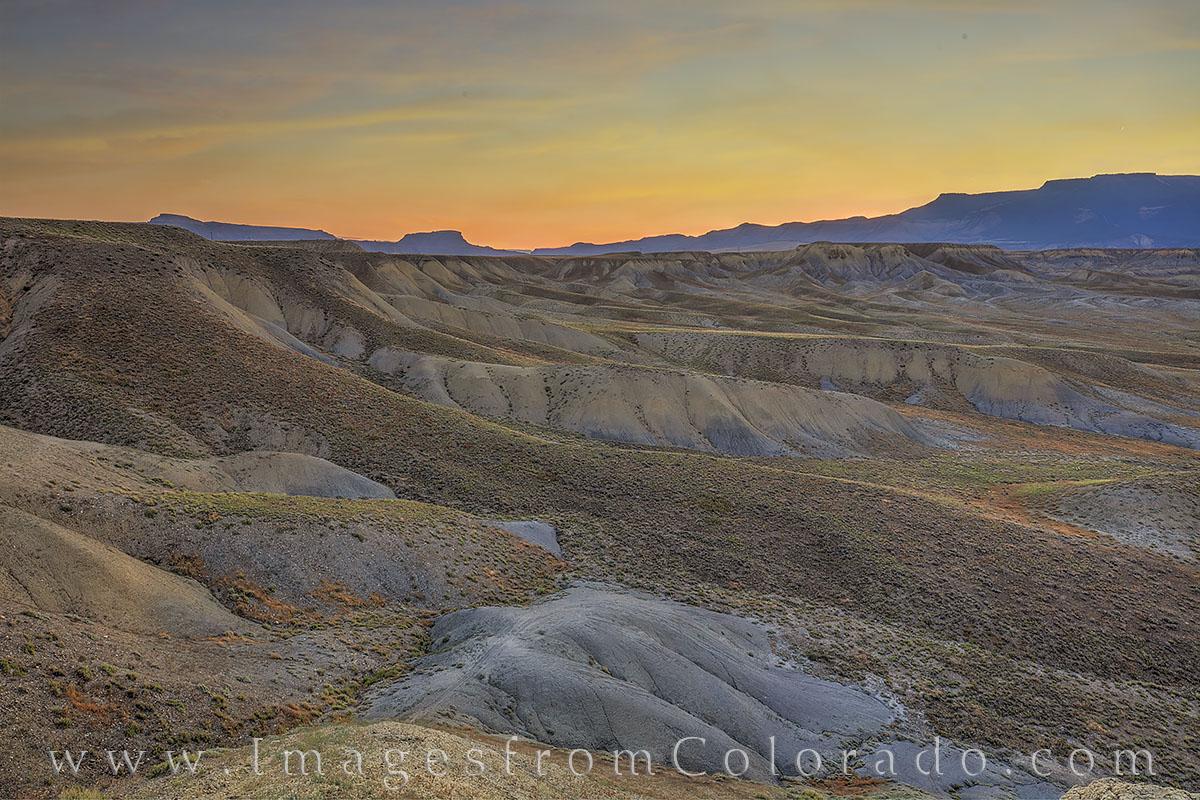 grand mesa, western slope, layers, mount Garfield, grand junction, sunrise, morning, desert, photo