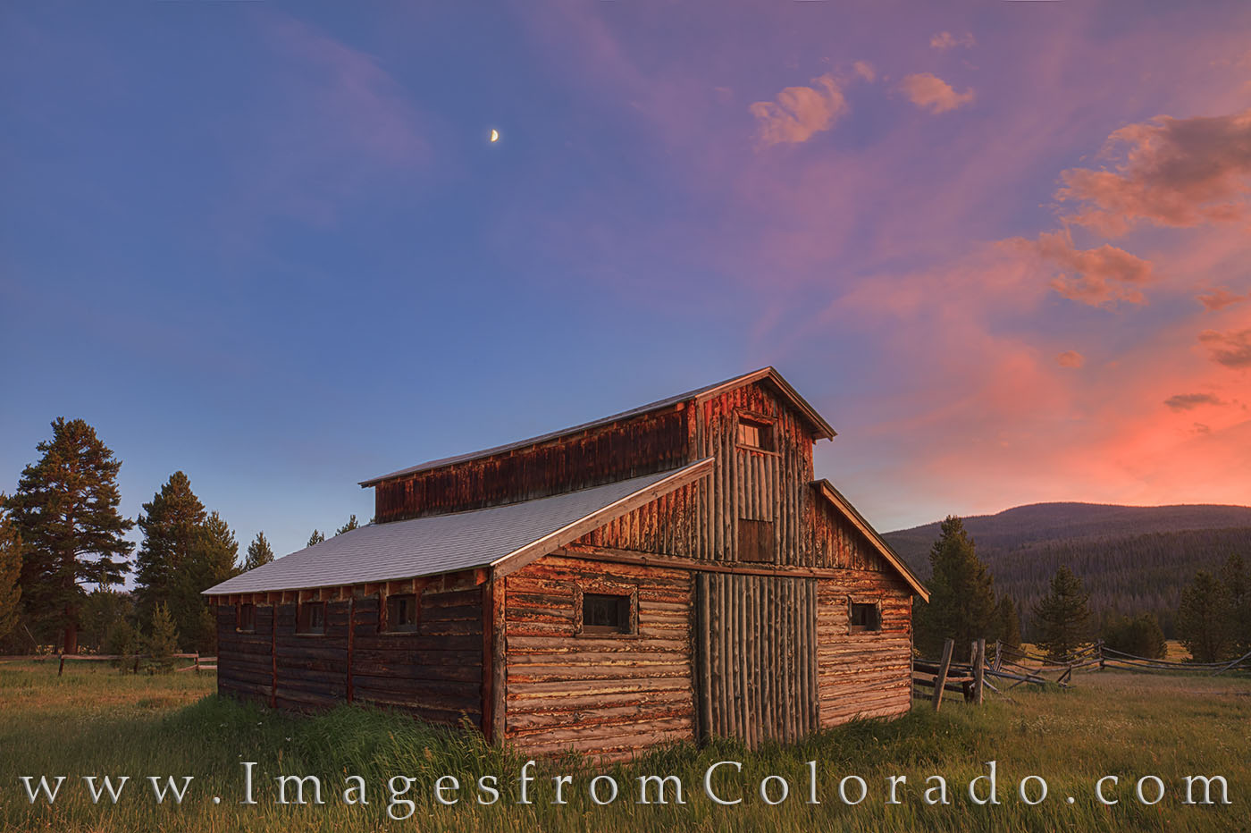 little buckaroo barn, betty dick, fred dick, rocky mountain national park, never summer mountains, Kawuneeche Valley, RMNP, sunset, summer, evening, barn, homestead, photo