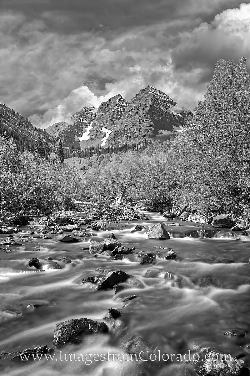 black and white, maroon bells, colorado black and white, 14ers, maroon lake, maroon creek, aspen colorado, aspen trees, fall, autumn, photo