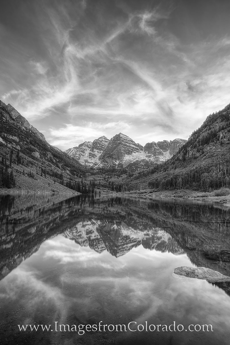 colorado black and white, black and white, maroon bells, maroon lake, aspen, colorado icons, rocky mountains, photo