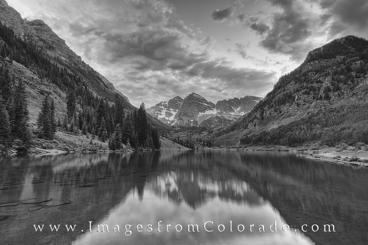 maroon bells, black and white, maroon bells wilderness, maroon lake, aspen colorado, elk range, north maroon peak, south maroon peak, colorado black and white, photo