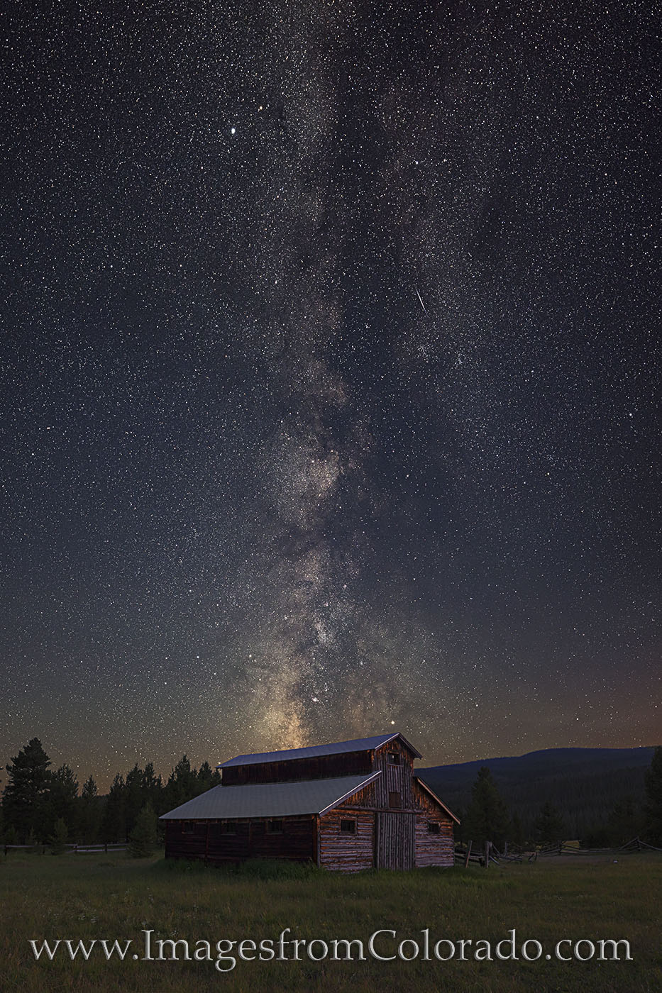 rocky mountain national park, milky way, betty dick, buckaroo barn, grand lake, never summer mountains, Kawuneeche Valley, trail ridge road, summer, night sky, barn, photo