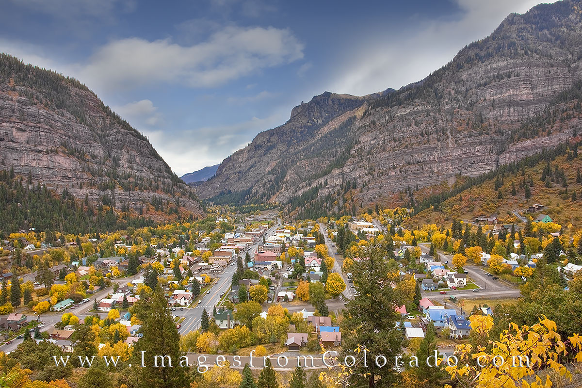 ouray colorado, little switzerland, ouray images, ouray prints, colorado towns, san juan mountains, san juans, fall colors, colorado aspen, colorado fall colors, autumn, autumn colors, photo