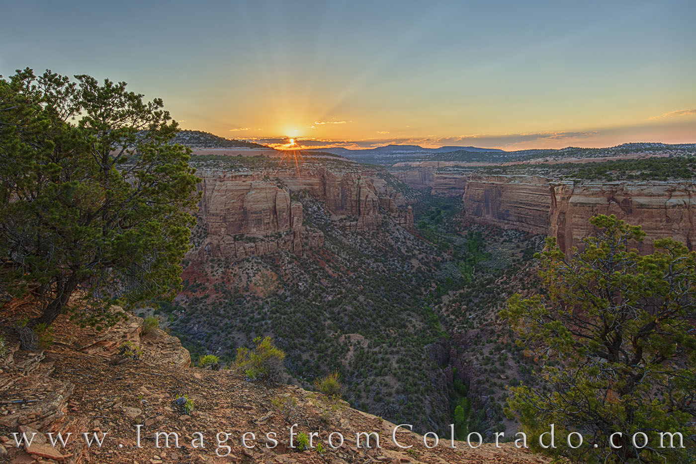 Ute Canyon, Colorado National Monument, sunset, rim rock road, grand junction, colorado national parks, canyon, valley, evening, sunrays, summer, photo